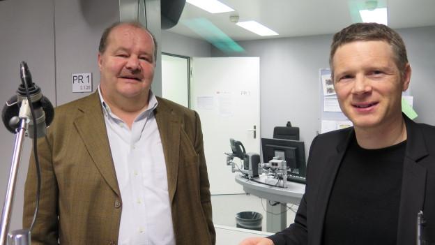 Die Nationalräte Felix Müri von der SVP (l.) und Jonas Fricker von den Grünen im Radiostudio Bern.