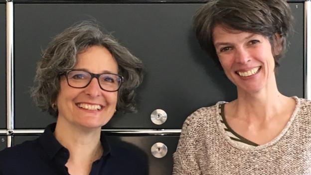 Die beiden Historikerinnen Claudia Engler und Birgit Stalder