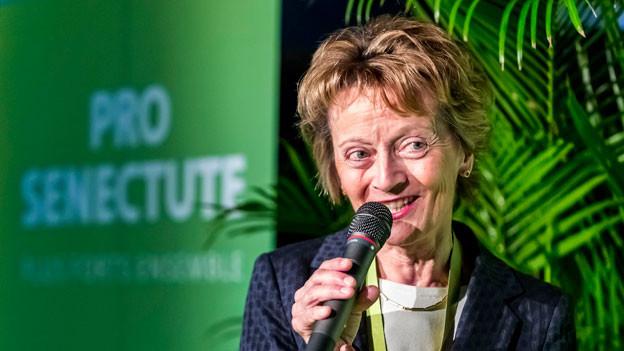 Alt Bundesrätin Eveline Widmer-Schlumpf gibt ein Interview und wird neue Präsidentin von Pro Senectute anlässlich der 100-Jahre-Jubiläumsfeier in Bern am Samstag, 1. April 2017.