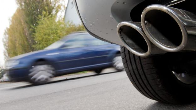 Autos produzieren noch zu viele schädliche Abgase.