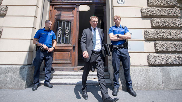 Der Kommandant der Luzerner Polizei Adi Achermann beim Verlassen des Kantonsgerichts Luzern anlässlich der Gerichtsverhandlung zum «Fall Malters» des Bezirksgericht Kriens.