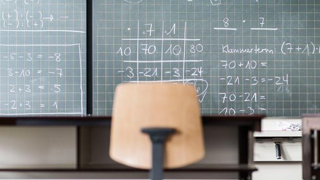 Das Bildungssystem in der Schweiz ist von hoher Qualität, die Arbeitskräfte sind top ausgebildet in keinem anderen Land haben die Menschen mehr berufliches Know-How als in der Schweiz.