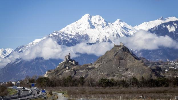 Auf dem Bild zu sehen ist die Sicht auf Sion, wo die Winterspielen stattfinden könnten.