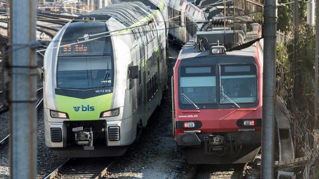 Das Bahnunternehmen BLS unterstützt den Entschied des Bundesamtes für Verkehr, erst im kommenden Sommer über eine Neuvergabe von Fernverkehrslinien zu entscheiden.