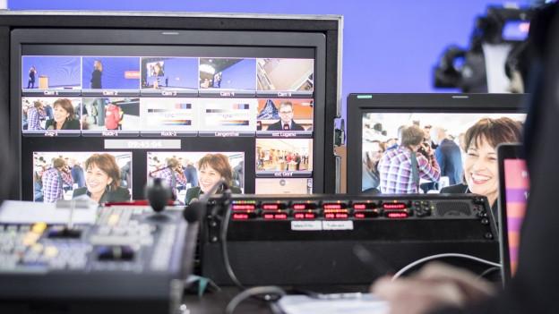 Bilder vom Digitaltag am Zürcher Hauptbahnhof in dessen Rahmen auch der Medientalk stattfand.