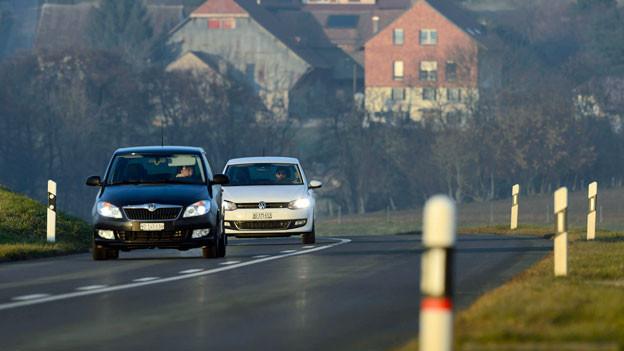 Das Handlungsprogramm Via Sicura hat auch präventive Massnahmen eingeführt.: Z. B. Verbot des Fahrens unter Alkoholeinfluss für bestimmte Personengruppen und generelle Verpflichtung zum Fahren mit Licht am Tag.