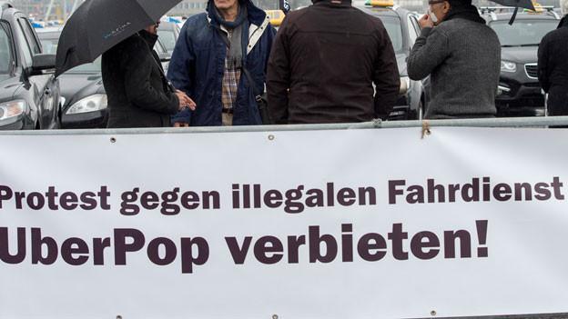 Taxifahrer, die gegen UberPop protestieren.