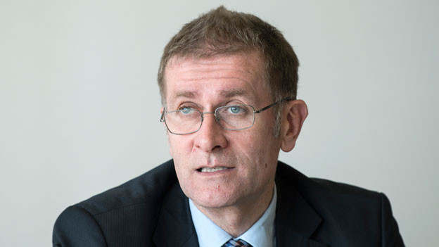 Der Berner Regierungsrat Christoph Neuhaus, SVP, findet, maximal 150 Gemeinden (heute sind es 350) wäre realistisch.