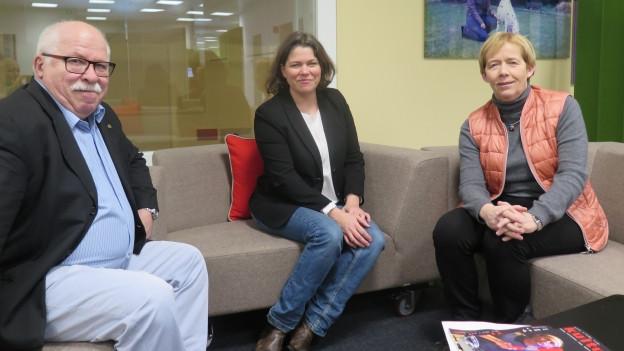 unsere Gäste im Foyer von Radio SRF4News