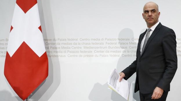 Bundesrat Alain Berset präsentiert die neuen Pläne.