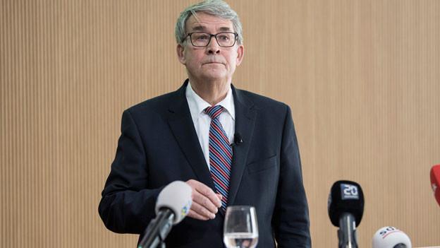 Urs Schwaller, Präsident des Verwaltungsrats, spricht an einem Point de Presse zu den Untersuchungen der Unregelmässigkeiten bei der Postauto AG am 8. März 2018 in Bern.