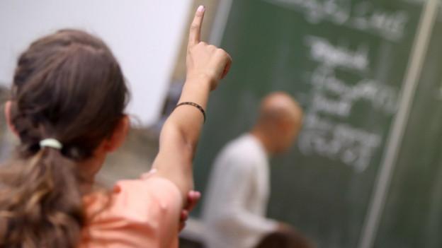 Integrationsprobleme an der Schule müssen in Zukunft gemeldet werden.