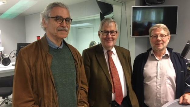 Zu sehen sind Oswald Sigg, Hans Kaufmann, Daniele Piazza (von links nach rechts).