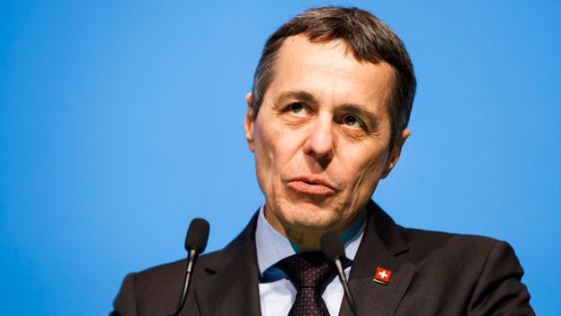 Bundesrat Ignazio Cassis informiert über die Beziehungen der Schweiz mit der EU.