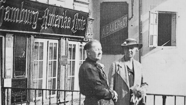Ein Auswanderungsbüro der Hamburg-Amerika-Linie in Bern.