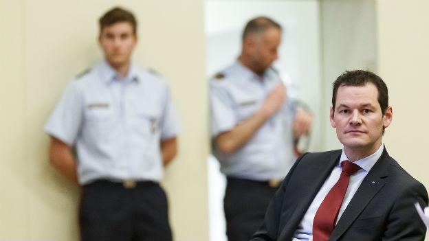 Pierre Maudet bei der Anhörung durch seine Partei