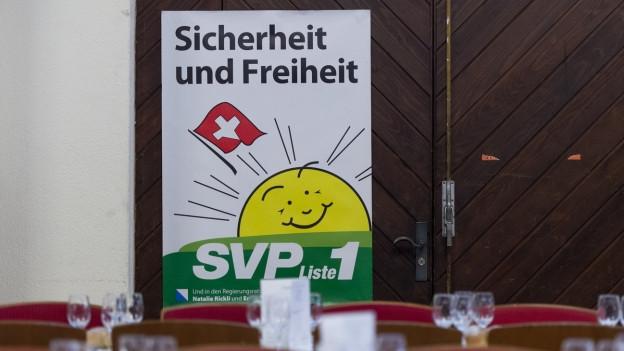 Das Bild zeigt ein Wahlplakat von der SVP.
