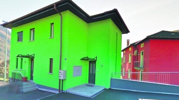 Neue Bauverordnung in Cadenazzo richtet sich gegen allzubunte Hauswände.