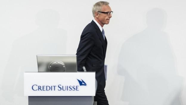 Das Bild zeigt den Verwaltungsratspräsidenten der Credit Suisse, Urs Rohner, bei der Medienkonferenz am 1. Oktober in Zürich.