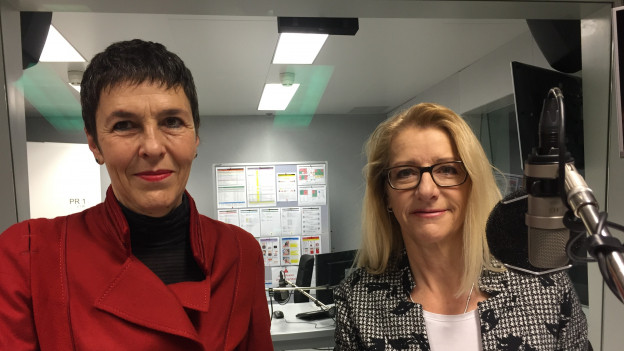 SP-Nationalrätin Barbara Gysi und SVP-Nationalrätin Therese Schläpfer im Radiostudio Bern.