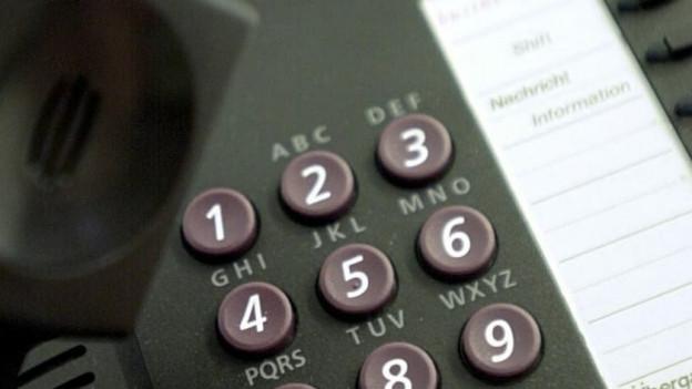 Telefonnetz der Swisscom gestört - auch Notrufnummern betroffen.