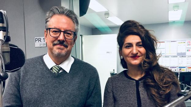 GLP-Nationalrat Beat Flach und Grüne Nationalrätin Sibel Arslan im Radiostudio Bern.
