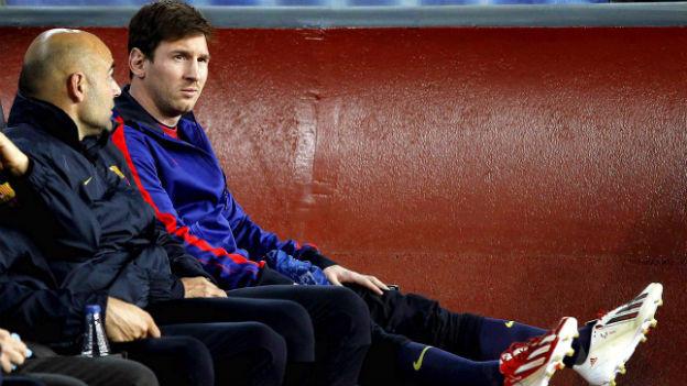 Lionel Messi (rechts) zieht mit Barcelona ins Champions League-Halbfinale ein.