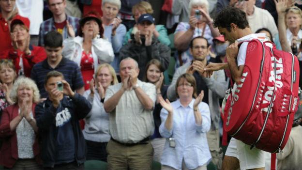 Roger Federer nach dem Aus in Wimbledon gegen Sergej Stachowski