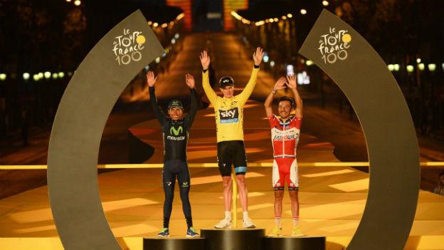 Siegerpodest an der Tour de France mit Gesamtsieger Chris Froome (Mitte).
