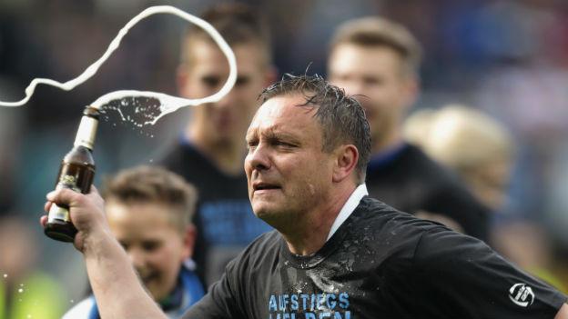 Aufstiegs-Feier: Paderborn-Trainer Andre Breitenreiter