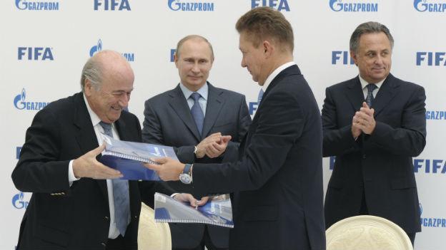 Viele gemeinsame Interessen: Fifa-Boss Blatter, Russlands Präsident Putin, Gazprom-CEO Miller und Russlands Sportminister Mutko (Sept. 2013).
