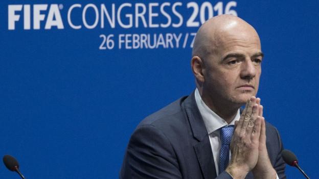 Zu sehen ist Gianni Infantino an der Medienkonferenz, nach seiner Wahl zum neuen Fifa-Präsidenten.