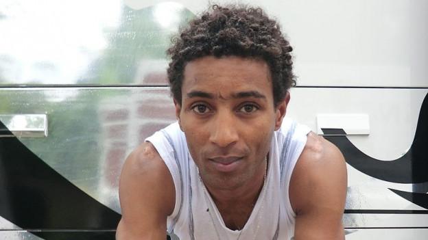 Merhawi Kudus, eritreischer Radsportprofi, auf seinem Velo.