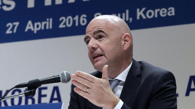 FIFA-Präsident Gianni Infantino bei einer Pressekonferenz in Seoul im April.