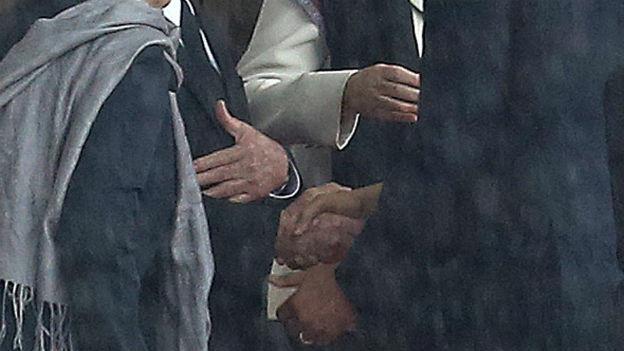 Historischer Moment: Castro und Obama beim Handshake