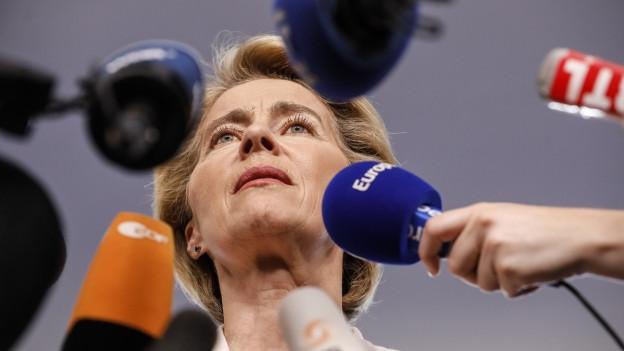 Ursula von der Leyen gestern im EU-Parlament: Nicht alle sind mit ihrer Nominierung als EU-Kommissionspräsidentin einverstanden.