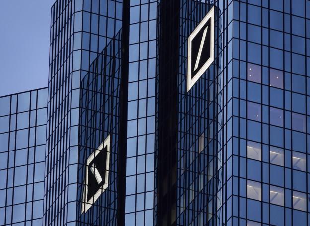 Die Deutsche Bank will ihr Geschäft umbauen und das Investmentbanking verkleinern.