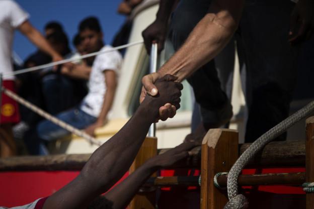Seenotretter, die mit ihren Schiffen in italienische Hoheitsgewässer fahren, sollen in Zukunft härter bestraft werden.