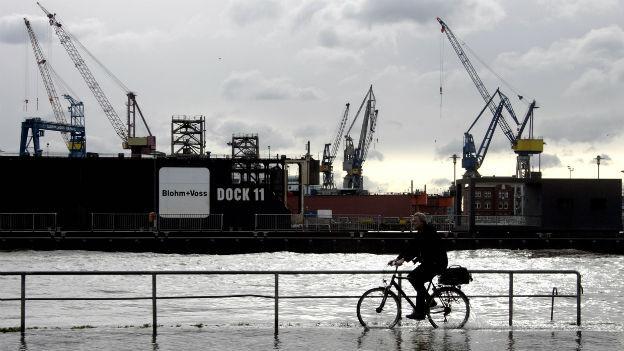 Hamburg wird vom Hochwasser überflutet