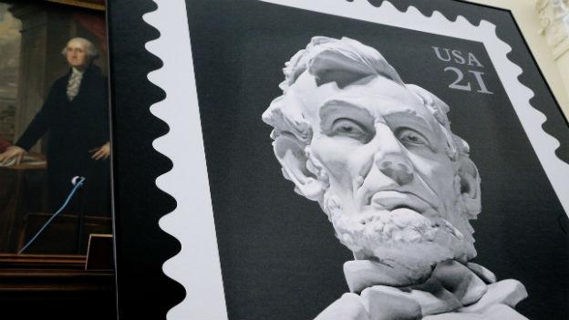 Briefmarke von Abraham Lincoln in Grossformat.