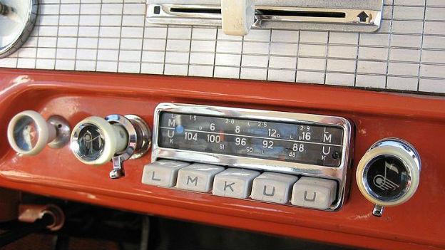 Heute Selbstverständlichkeit - früher Luxus: Autoradio.