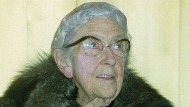 Agatha Christe.