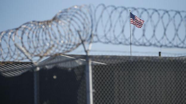 Grenzzaun des US-Gefangenenlagers Guantanamo.