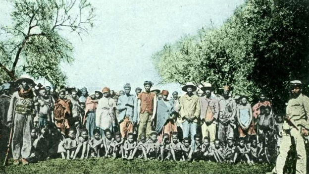Kriegsverbrechen in Deutsch-Südwest-Afrika: Herero