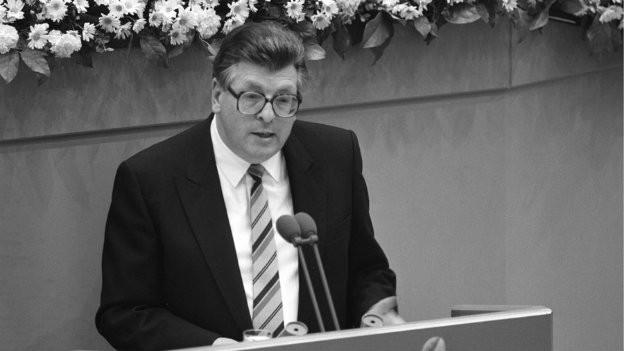 Trat einen Tag nach seiner Rede zurück: Philipp Jenninger