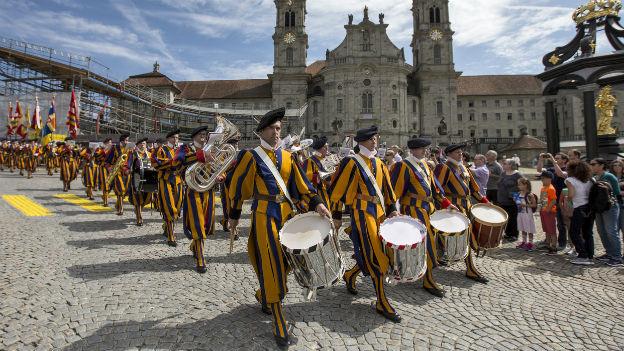 Sicherheit rund um den Heiligen Stuhl: Schweizergarde.