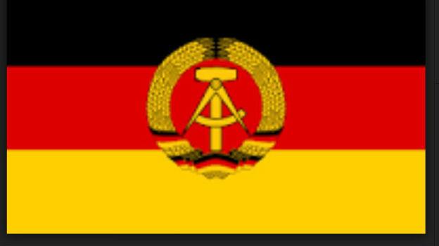 Ungeübt in Plebisziten: DDR, 1949 - 1990.