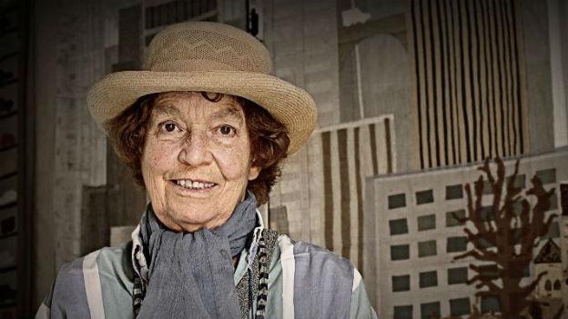 Reporterin, Schriftstellerin, Künstlerin: Katharina von Arx.