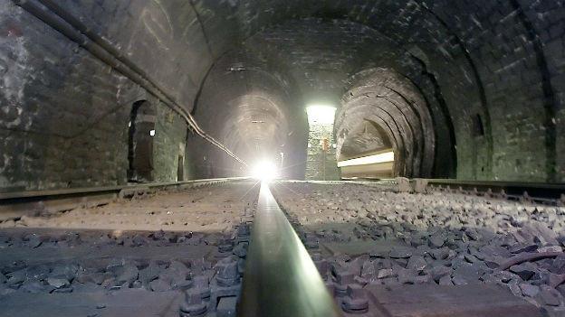 3000 Bauarbeiter pro Tag: Simplon-Tunnel, 1906 vollendet.