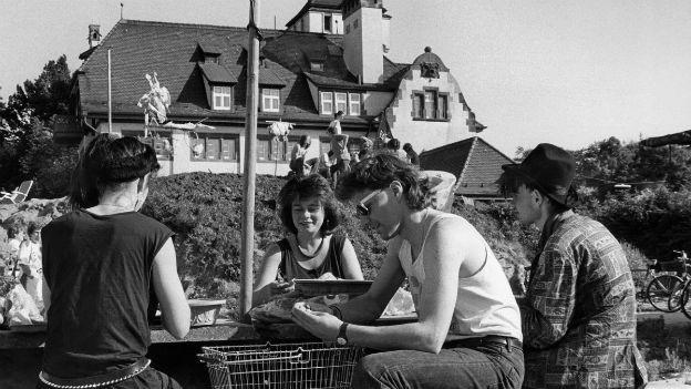 Ende eines Experiments: Alte Basler Stadtgärtnerei 1988.